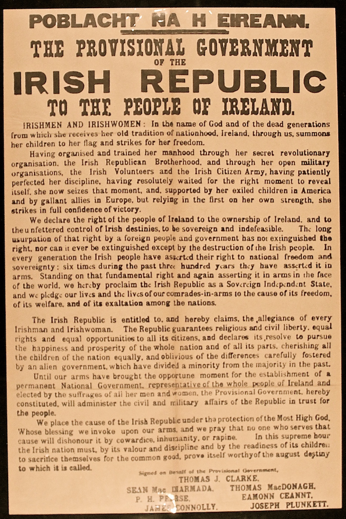 1916 rising irish essay